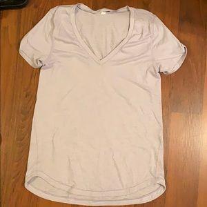 Lululemon shortsleeved shirt in light purple